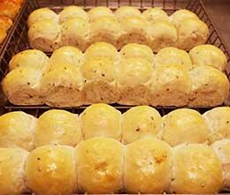 Flax seed bun