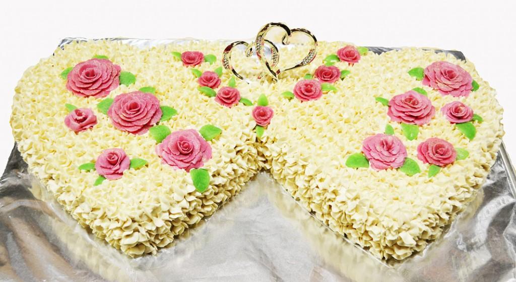 Wedding Cake Double Hearts